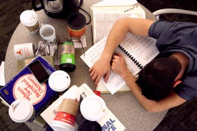 College Hacks - How to Pull an All-Nighter (The RIGHT Way ...