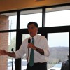 Romney seeks GOP support in R.I. before primary